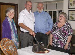 Longest-serving members cutting the cake